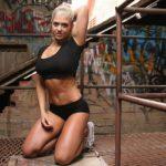 Ćwiczenia na płaski brzuch na siłowni dla kobiet